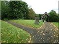 SP9626 : St. Nicholas, Church End, Hockliffe: church path (b) by Basher Eyre