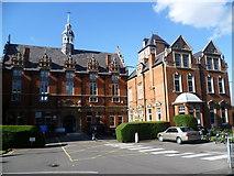 TQ3375 : Dulwich Hospital by Marathon