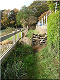 SE1614 : Footpath, Grasscroft, Almondbury. by Samantha Waddington