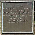 SU2610 : Memorial plaque on seat by Clive Perrin