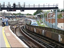 SU6400 : Eastern end, Portsmouth and Southsea station by Christine Johnstone