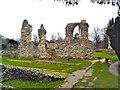 TL8564 : Bury St Edmunds Priory by Paul Buckingham