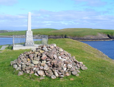 NB4430 : Iolaire Memorial Stone and Cairn by Colin Smith