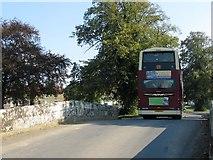SE7485 : The 128 bus service by Pauline E
