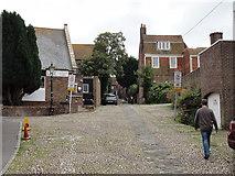 TQ9220 : Rye/East Sussex,  Conduit Hill by Helmut Zozmann