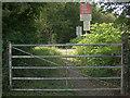 SS8983 : Railway crossing, Aberkenfig by eswales