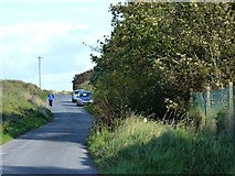 O1575 : Road towards the sea by James Allan