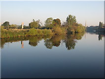 SO8453 : River Severn at Diglis by Philip Halling