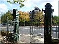 TQ3368 : Gates to Grangewood Park by Marathon