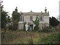 TL3168 : Abandoned house, Fenstanton by Hugh Venables