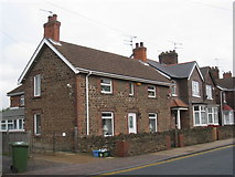 SE8912 : Ironstone cottage, Old Crosby by Jonathan Thacker