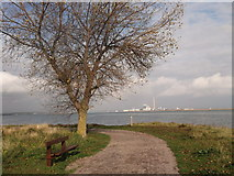 TQ8068 : Footpath to Eastcourt Meadows, Riverside Country Park by David Anstiss