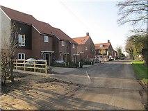 SU5985 : Housing on Ferry Lane by Bill Nicholls