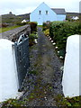 L9702 : Inis Oírr garden path by louise price
