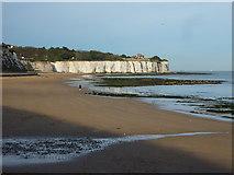 TR4068 : Stone Bay, near Ramsgate by pam fray