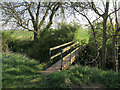 TL2878 : Footpath bridge by Hugh Venables