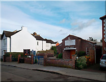 TQ4265 : Bromley Common Baptist Church by Des Blenkinsopp