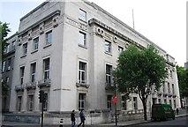 TQ2981 : London School of Hygiene and Tropical Medicine by N Chadwick
