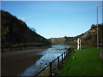 ST5673 : Looking north along the River Avon by Ian S