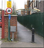 TQ1883 : Access from Beresford Avenue to Grand Union Walk by David Hawgood
