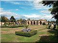 TQ4845 : Italian Garden, Hever Castle by Des Blenkinsopp
