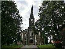 NS4263 : Johnstone High Parish Church by Joe Hay