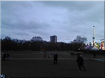TQ2780 : View of the Hilton Park Lane from Hyde Park by Robert Lamb