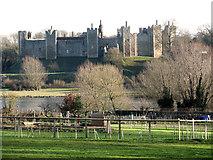 TM2863 : Framlingham Castle by Evelyn Simak
