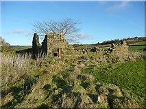 SE0023 : Ruined barn at Deacon Hill by Humphrey Bolton