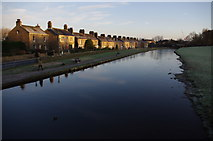 SD4760 : Lancaster Canal and Aldcliffe Road by Ian Taylor