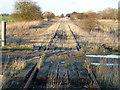 TF4201 : Wisbech to March railway near Rutlands Farm, Coldham by Richard Humphrey