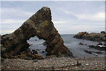 NJ7164 : Loch Craig sea arch by Colin Kinnear