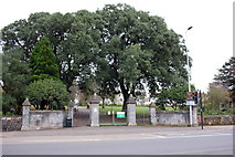 SX9193 : Entrance to Bury Meadow, New North Road by Roger Templeman