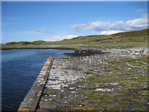 NR6880 : Jetties at Keills by Bob Jones