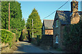 TQ4964 : Stone Cottages on Well Hill by Robin Webster