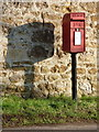 ST6518 : Oborne: postbox № DT9 84 by Chris Downer