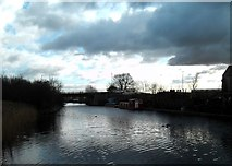 SE5023 : The dark clouds gather over the Aire and Calder Navigation. by derek dye