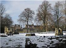 SE5952 : Abbey ruins by Pauline E