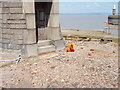 ST5078 : South Pier Lighthouse, Avonmouth by Mark Burrows