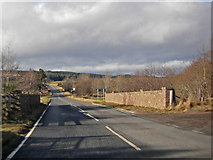 NH9150 : A939 crossing the Muckle Burn , Littlemill by Peter Bond