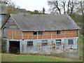 SO2582 : Old barn at Fron End near Newcastle, Shropshire by Jeremy Bolwell