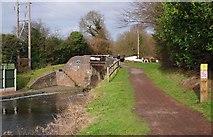 SO8690 : Marsh Bridge (No. 41), Staffordshire & Worcestershire Canal, Swindon, Staffs by P L Chadwick