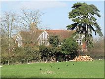 SP9013 : Wilstone Great Farm Farmhouse by Chris Reynolds