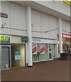 ST2995 : Zaks clothing shop, Cwmbran Shopping Centre by Jaggery