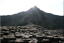C9444 : Giant's Causeway by Graham Hogg