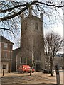 SU7173 : St Laurence Church, Reading by Paul Gillett