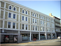 TQ2677 : Renovated shops and flats, Fulham Road, Chelsea by PAUL FARMER