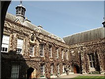 SP5106 : Quadrangle, Lincoln College, Turl Street, Oxford by Robin Sones