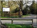 SU9279 : Dorney Court Driveway by Colin Smith