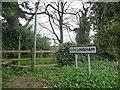 SE3945 : Footpath off Jewitt Lane by Christine Johnstone